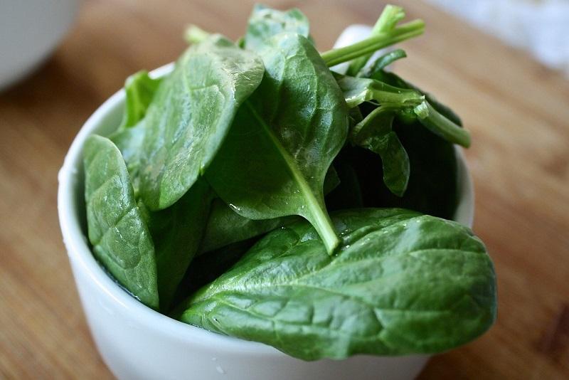 Folic acid in spinach